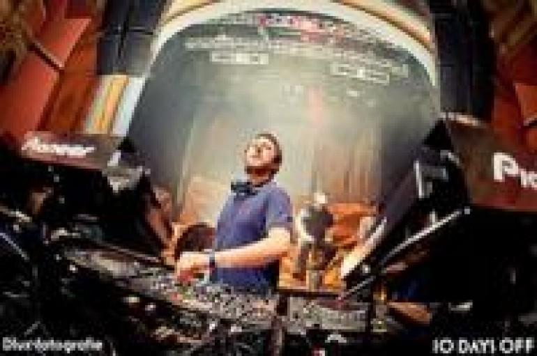 DJ OF THE WEEK 11.14.11 AGORIA