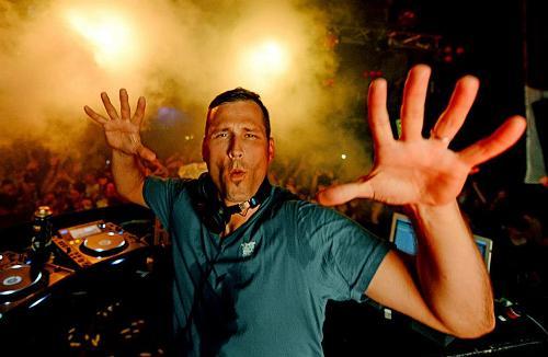 DJ OF THE WEEK 2.11.13: KASKADE