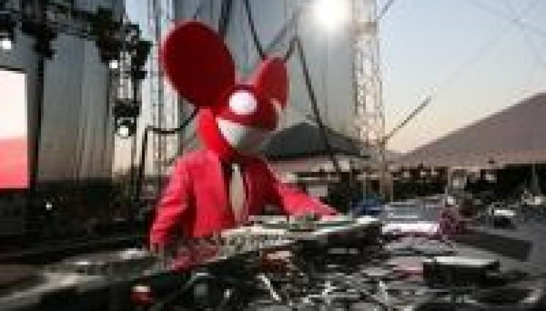 DJ OF THE YEAR 12.28.09: DEADMAU5