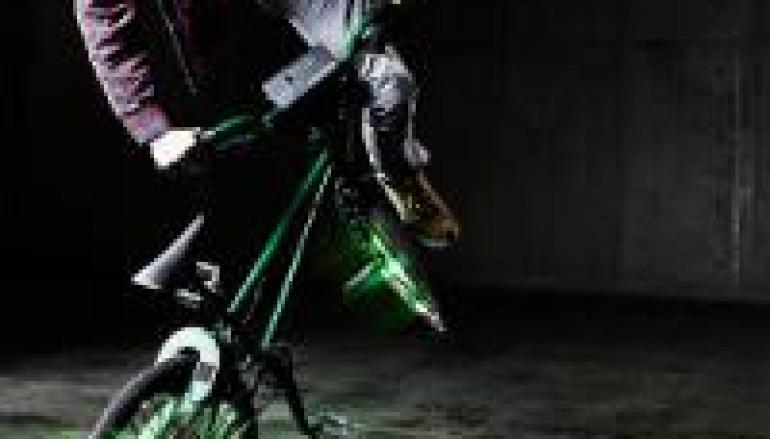 DJ + BMX = Turntable Rider [video]