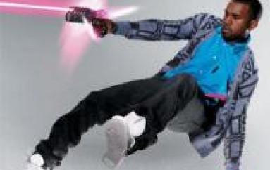 Kanye Deflects Laser Weilding Fan By Putting Him On Blast! [VIDEO]