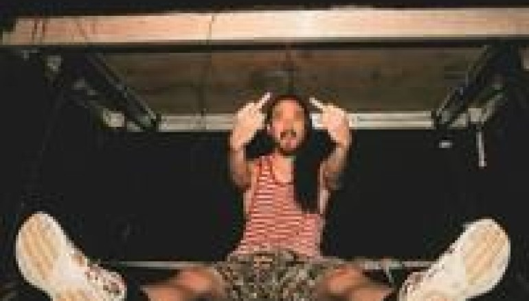 Is Steve Aoki Really Using Pirated Software?